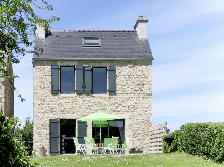 Vacation home in Plouescat, Finistère - 4 persons, 2 bedrooms, casa vacanza a Plouescat