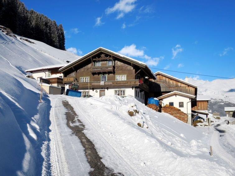 Ferienwohnung Oberkofl (LNH300) in Tux - 10 Personen, 5 Schlafzimmer, vacation rental in Juns