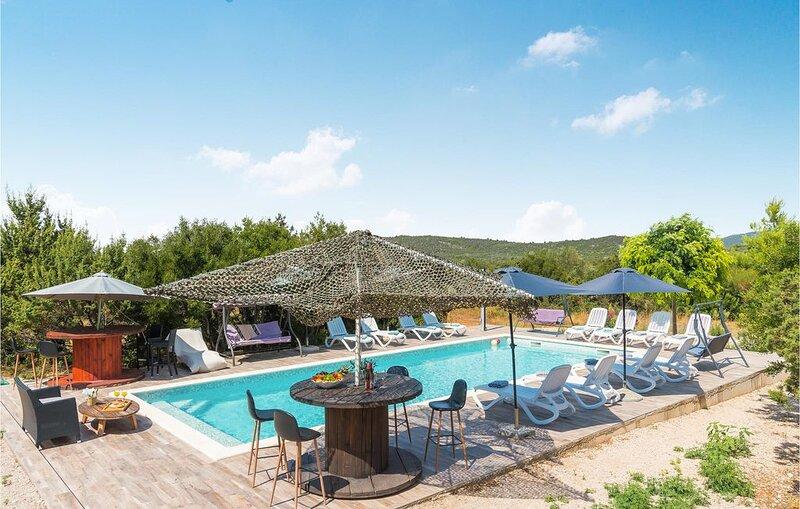 2 Zimmer Unterkunft in Tisno, location de vacances à Tisno