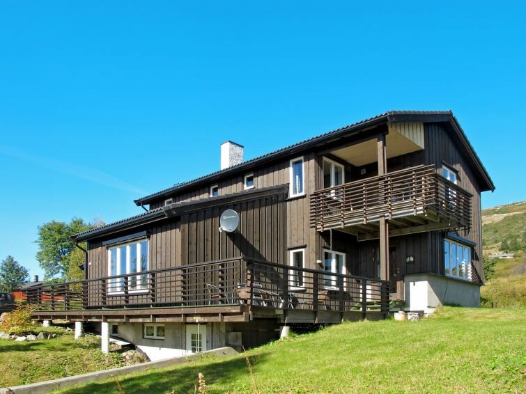 Vacation home in Svingvoll, Eastern Norway - 8 persons, 5 bedrooms, holiday rental in Gausdal Municipality