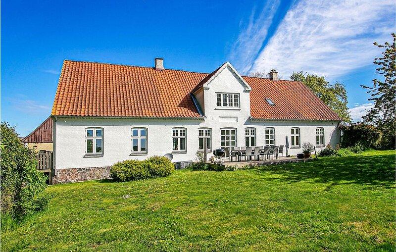 7 Zimmer Unterkunft in Idestrup, location de vacances à Bogoe