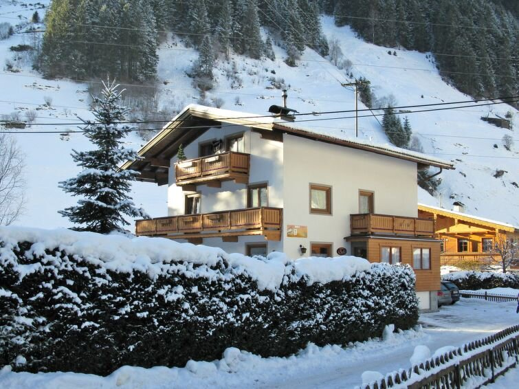 Ferienwohnung Babsi (MHO485) in Mayrhofen - 6 Personen, 3 Schlafzimmer, location de vacances à Valle Aurina