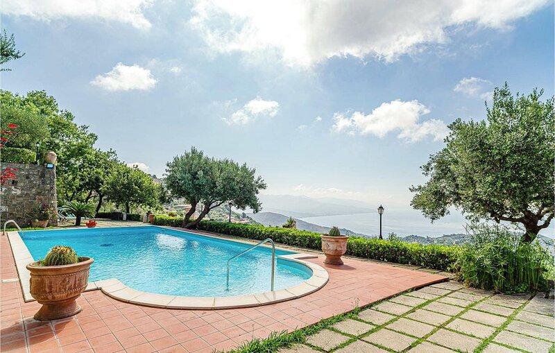 1 Zimmer Unterkunft in Pollica SA, Ferienwohnung in San Mauro Cilento
