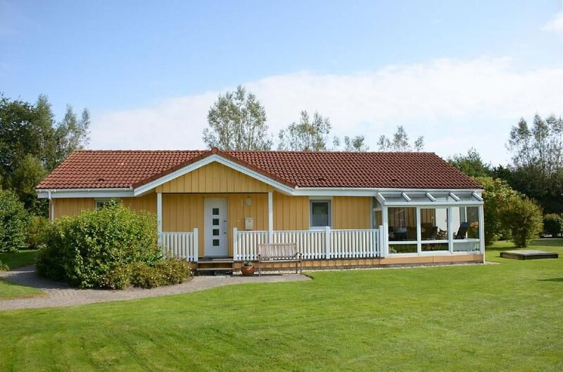 Cottage Otterndorf for 4 - 6 people with 3 bedrooms - House, alquiler vacacional en Neuhaus an der Oste