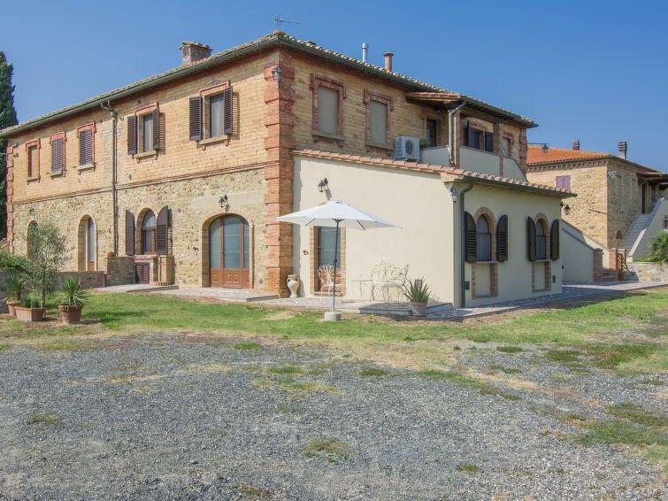 Ferienwohnung Podere Sant'Elisa (PNC155) in Pomarance - 5 Personen, 1 Schlafzimm, holiday rental in Montegemoli
