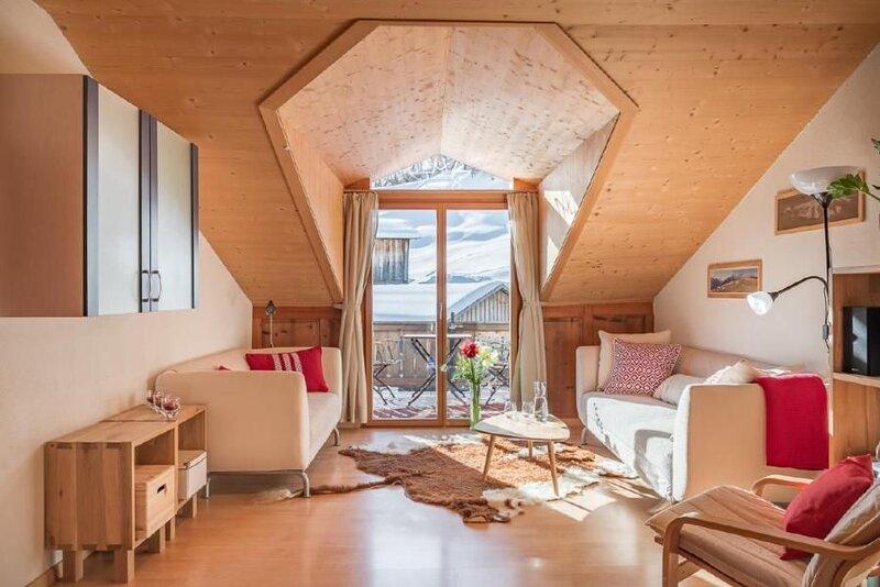 Ferienwohnung Tenna für 4 - 6 Personen mit 3 Schlafzimmern - Bauernhaus, casa vacanza a Vals