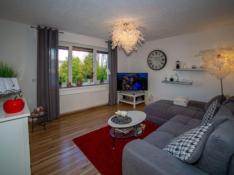 Ferienwohnung 'kleine Auszeit', 62qm, 1 Schlafzimmer für 2 Personen, aluguéis de temporada em Finnentrop