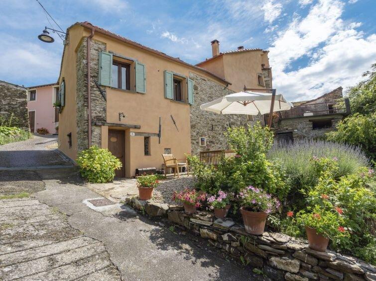 Ferienhaus Vittorina (CSB217) in Colle San Bartolomeo/Cesio/Caravonica - 5 Perso, location de vacances à Caravonica
