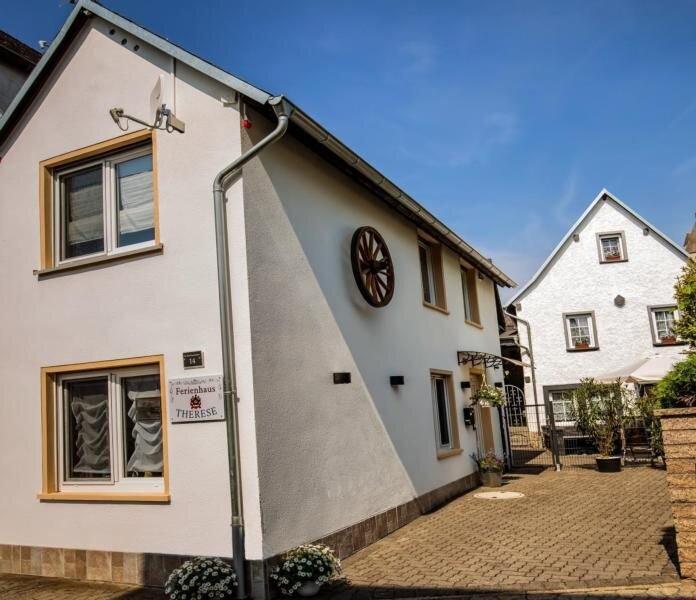 Ferienhaus Kobern-Gondorf für 2 Personen mit 1 Schlafzimmer - Ferienhaus, location de vacances à Munstermaifeld