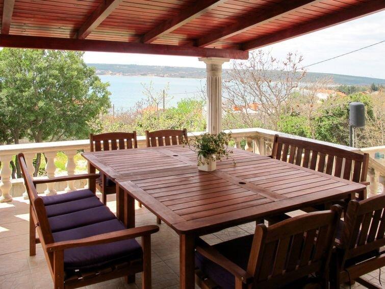 Vacation home Haus Bacani  in Gornji Karin, Dalmatia - 8 persons, 3 bedrooms, holiday rental in Gornji Karin