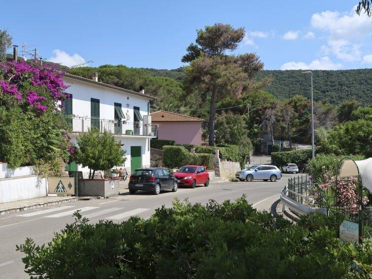 Ferienwohnung Al Tramonto (PFO140) in Portoferraio - 6 Personen, 3 Schlafzimmer, holiday rental in Biodola
