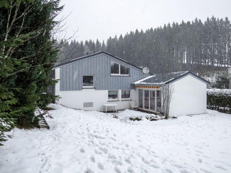 Ferienhaus Mimi (SWD100) in Schönwald - 6 Personen, 3 Schlafzimmer, vacation rental in Furtwangen