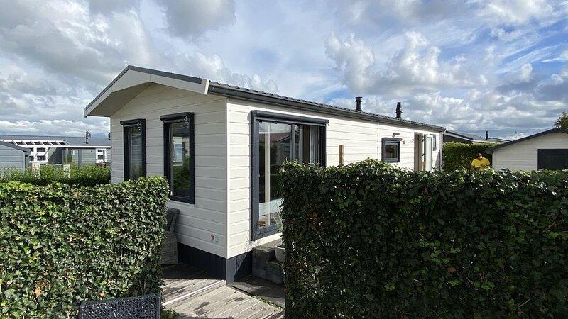 4-Personen-Ferienchalet auf einem Familiencampingplatz in Oostkapelle, 1500 m vo, casa vacanza a Oostkapelle