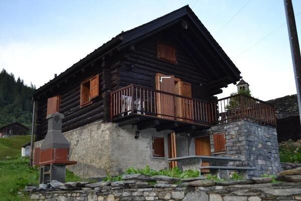Ferienhaus Campo für 2 - 6 Personen mit 3 Schlafzimmern - Ferienhaus, location de vacances à Bosco Gurin