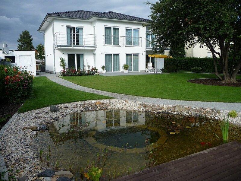 großzügige,zetrumsnahe Wohnung, location de vacances à Rabenau