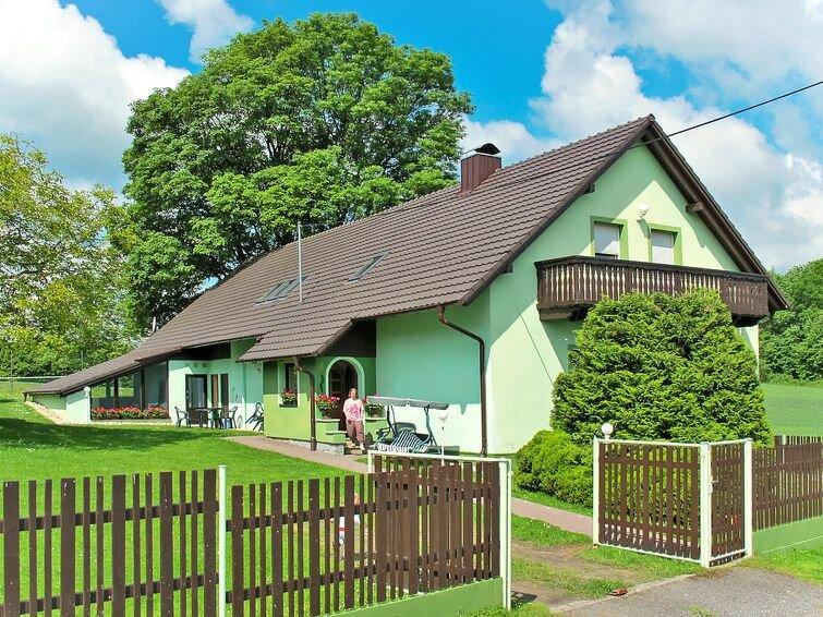 Ferienhaus Haus Polivka (HUR100) in Hurka u Nemcice - 10 Personen, 4 Schlafzimme, holiday rental in Susice