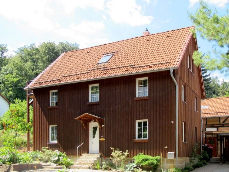 Vacation home Haus Rose  in Blankenburg, Harz / Thuringia - 6 persons, 3 bedroo, vacation rental in Rubeland