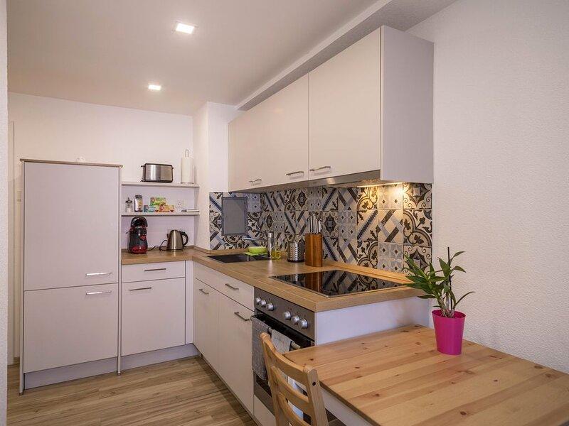Moderne Wohnung 'Kleine Ferienwohnung Markdorf' in der Nähe des Bodensees mit WL, casa vacanza a Markdorf