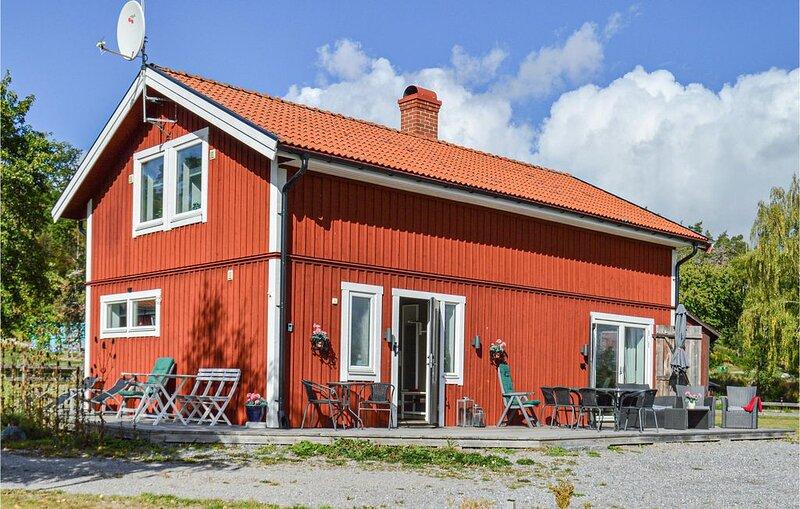 3 bedroom accommodation in Strängnäs – semesterbostad i Södermanlands län