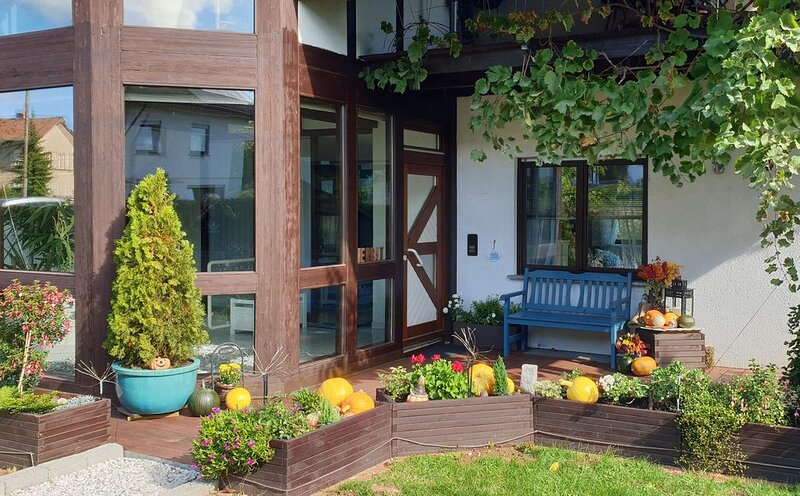 Ruhe, Natur, Lagerfeuerromantik. Ideal für Familientreffen., Ferienwohnung in Eberbach