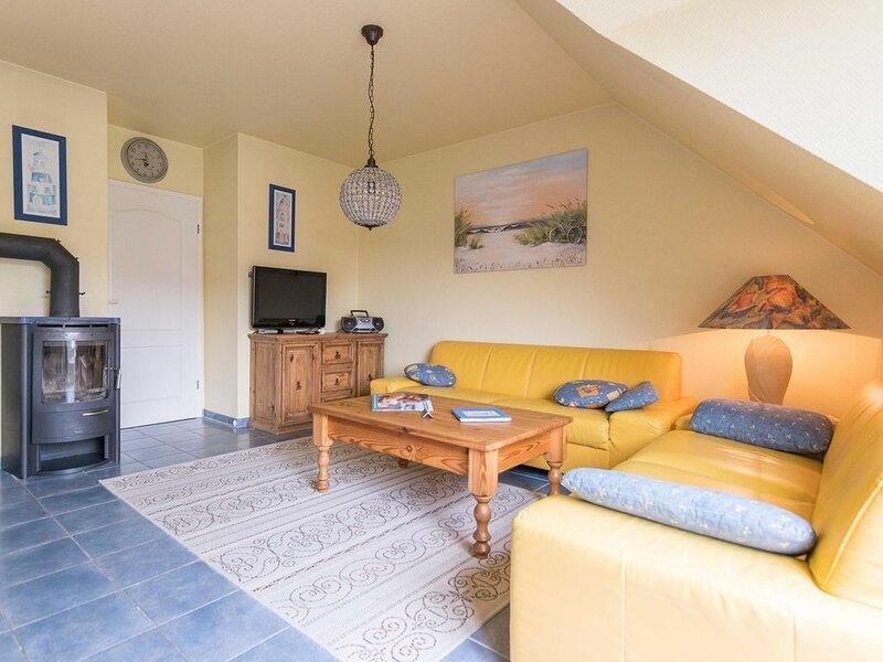 Maisonette-Wohnung SO7 im Haus Strandoase im Ostseebad Wustrow, casa vacanza a Saal