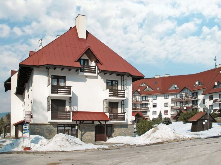 Ferienwohnung Klondajk (HRA120) in Harrachov - 4 Personen, 1 Schlafzimmer, vacation rental in Przecznica