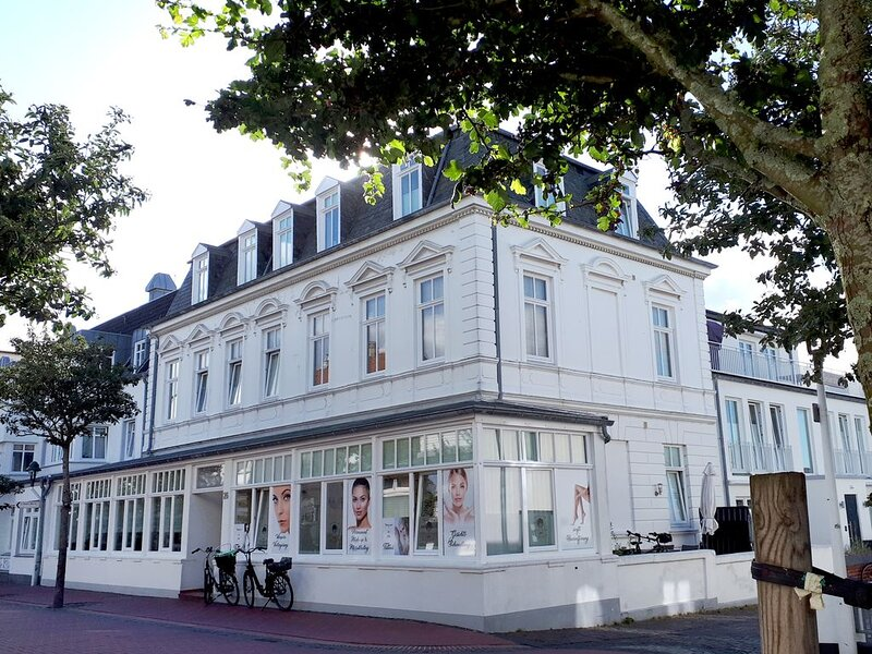 Sehr zentrale Lage & Strand in 300 m, gemütliche Zweiraumwohnung 'Inselflair', casa vacanza a Norderney