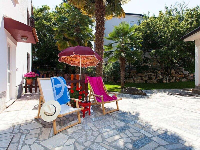 Ferienwohnung Oliveto mit Pool in Porec, holiday rental in Kukci