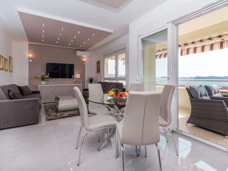 Ferienwohnung Bella Vista (TGR251) in Trogir - 6 Personen, 2 Schlafzimmer, casa vacanza a Gornji Seget