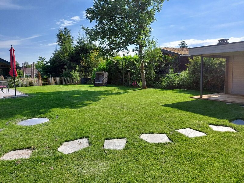 Premium Bungalow 'Haus Wildblume', holiday rental in Battenberg (Eder)