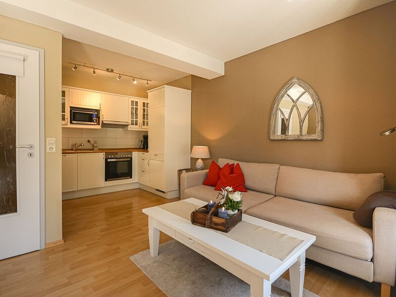 Galeriewohnung Komfort, 56qm, 1 Schlafzimmer, max. 4 Personen, casa vacanza a Überlingen