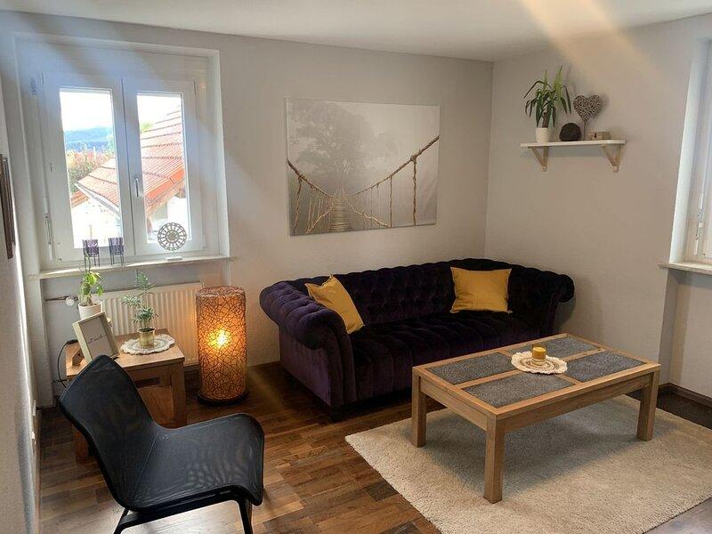 Ferienwohnung, 2 Schlafzimmer, 1 Wohnzimmer, max. 4 Personen, holiday rental in Laufenburg