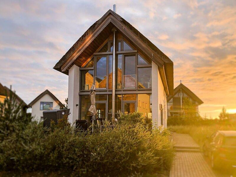 Ferienhaus für 8 Gäste mit 135m² in Heiligenhafen (20940), vacation rental in Heiligenhafen