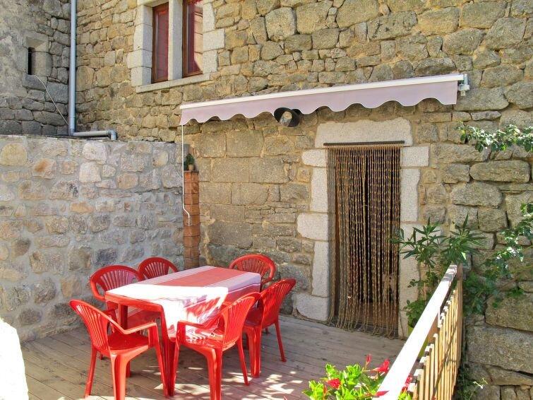 Ferienhaus Le Rouge Borne (LVS110) in Les Vans - 4 Personen, 1 Schlafzimmer, holiday rental in Bagnols-les-Bains