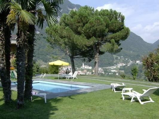 Ferienwohnung Arogno für 2 - 4 Personen mit 2 Schlafzimmern - Ferienwohnung in a, location de vacances à Pugerna