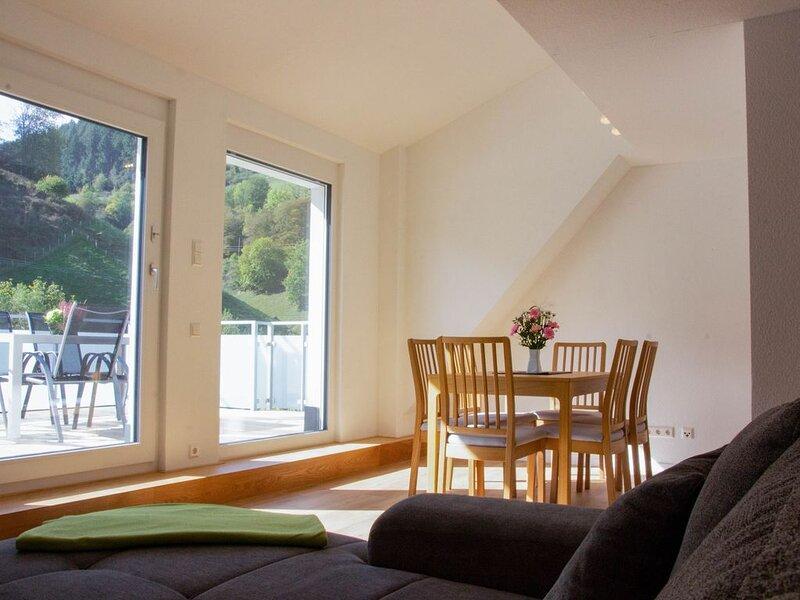Ferienwohnung mit großer Dachterrasse in Münstertal, Ferienwohnung in Bürchau