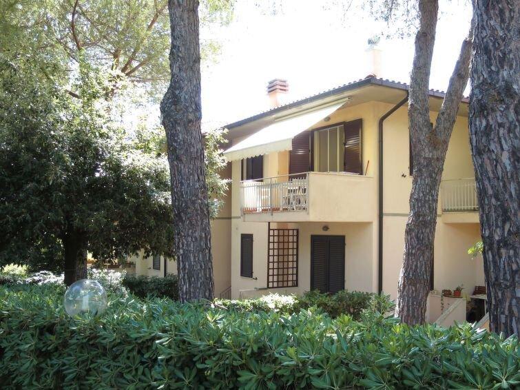 Ferienwohnung I Pini (CTG150) in Castiglioncello - 6 Personen, 2 Schlafzimmer, location de vacances à Nibbiaia