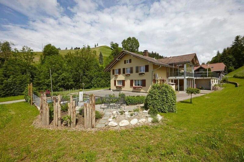 Ferienwohnung Luthern Bad für 2 - 4 Personen mit 2 Schlafzimmern - Ferienwohnung, location de vacances à St Erhard