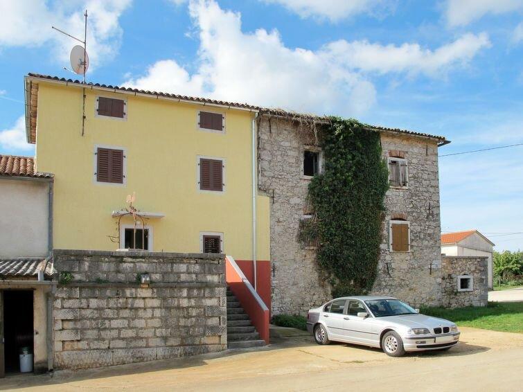 Ferienhaus Mirjana (PRC420) in Poreč - 6 Personen, 3 Schlafzimmer, holiday rental in Zikovici