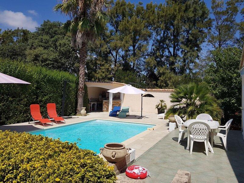 VOS VACANCES SOUS LE SOLEIL DE CORSE AU BORD DE LA PISCINE, holiday rental in Borgo