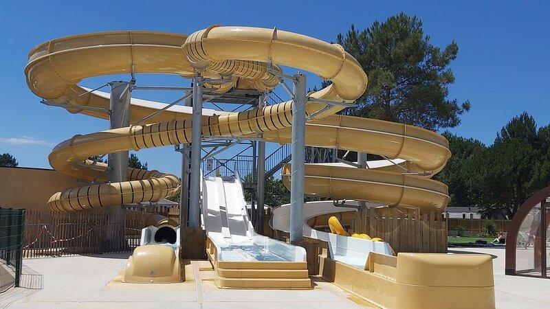 Location Mobil home 3 chambres (6 personnes) dans camping 5 étoiles, vacation rental in Lit-et-Mixe