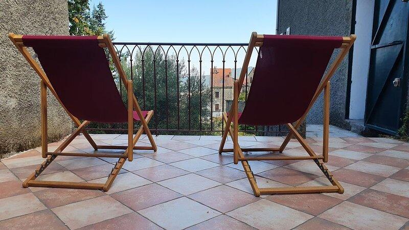 GRANDE MAISON DE FAMILLE A VENACO EN CORSE, location de vacances à Vénaco