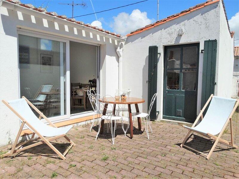 A Croix de Vie, petite maison simple & typique, location de vacances à Saint-Gilles-Croix-de-Vie