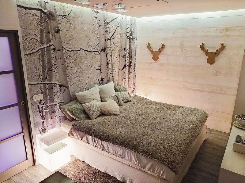Studio de Luxe avec Sauna et Spa pour un séjour de détente à proximité de Paris, alquiler de vacaciones en Rueil-Malmaison