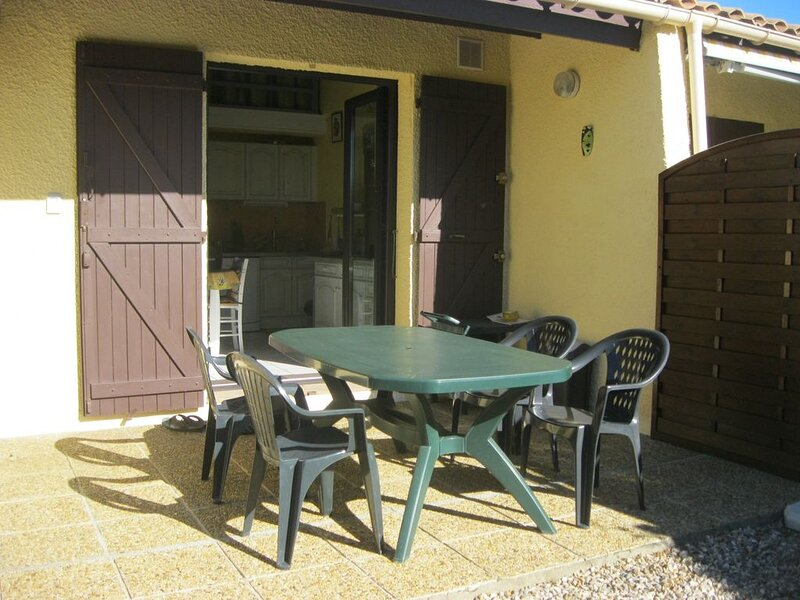 Nice villa fully and tastefully renovated, Ferienwohnung in Saint-Cyprien
