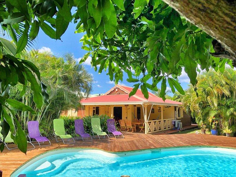 Villa Coco (6p) 3 chambres clim, piscine, jardin plage 300m, holiday rental in Bas Vent