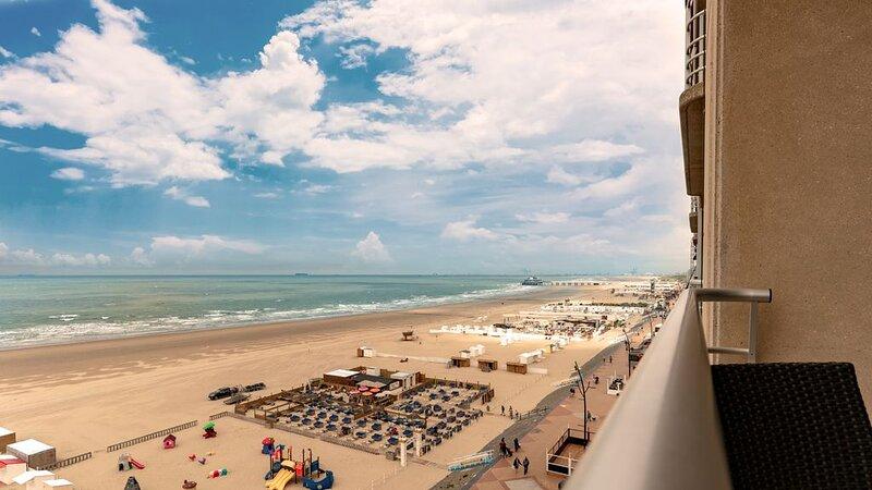 Suite pour 6 personnes avec vue sur mer et balcon, vacation rental in Wenduine