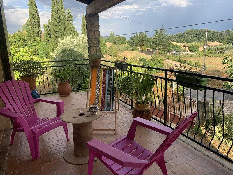 Jolie villa à 5 minutes d'uzes, holiday rental in Saint-Quentin-la-Poterie
