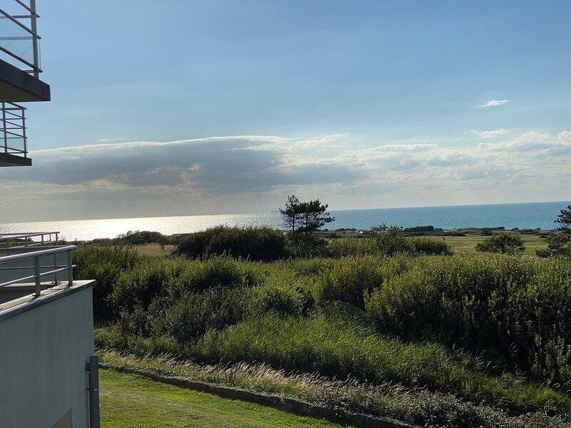 Magnifique duplex vue mer et golf Résidence les Dunes du Golf, location de vacances à Marquise