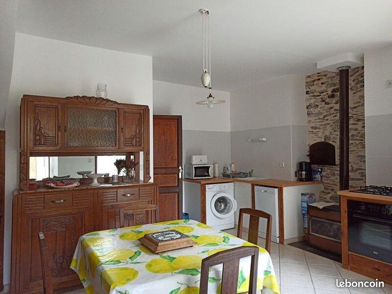 LOCATION Maison au coeur de Sentein /Pyrénées Ariégeoises, Ferienwohnung in Buzan